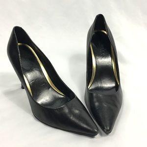 Lauren Ralph Lauren Classic Black Pointed Toe Heel